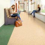 Homojen pvc yer döşeme üniversite koridoru