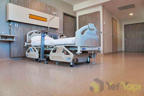 Homojen PVC zemin kaplama yapımı hastahane