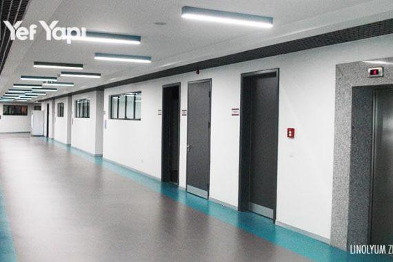 okul-koridor-linolyum-gri-mavi-zemin-13