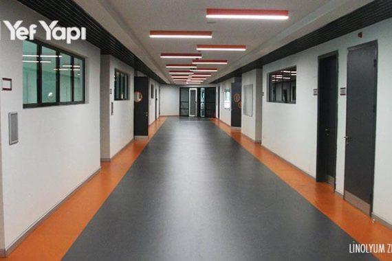 okul koridoru linolyum zemin kaplama yenidogu-5